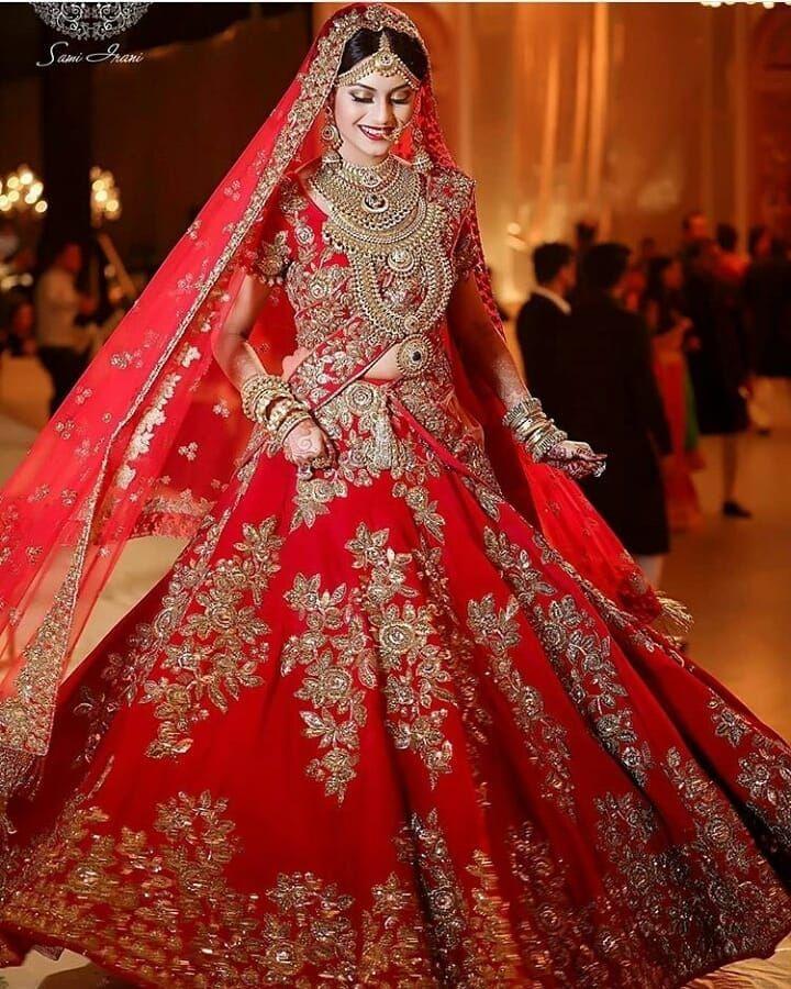 Lehenga Design – Traditional Red